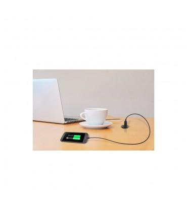 Dual USB socket installed in the working desktop charging mobile phone
