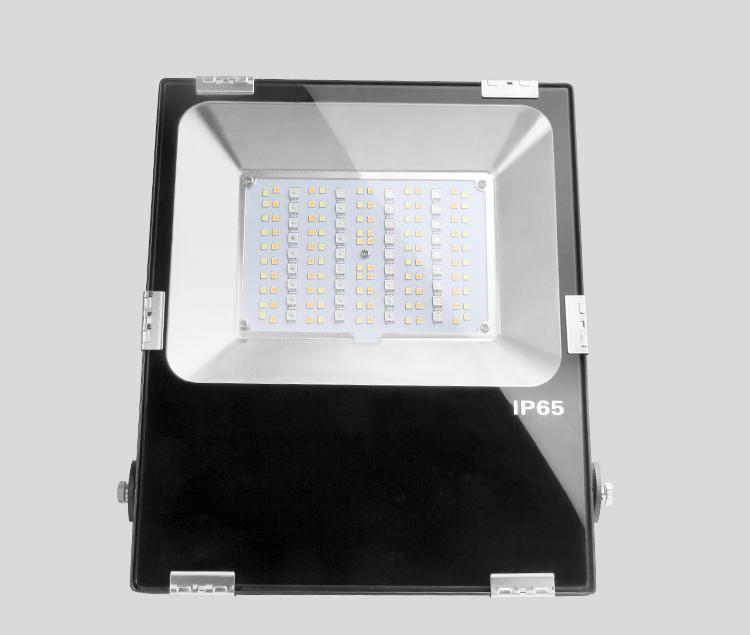 Mi-Light 50W RGB+CCT LED floodlight FUTT02 IP65 high-quality garden lamp