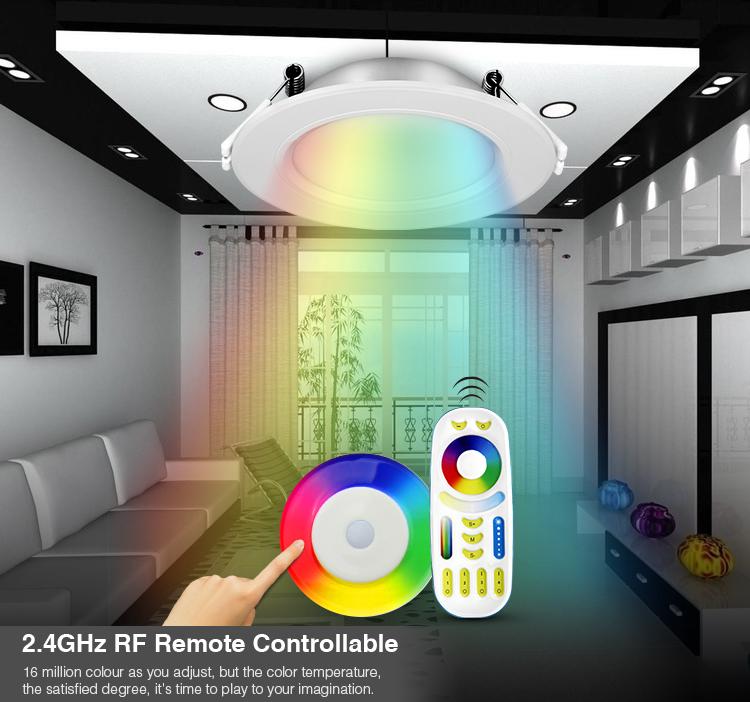 2.4GHz RF remote control of smart RGB+CCT FUT068 downlight panel