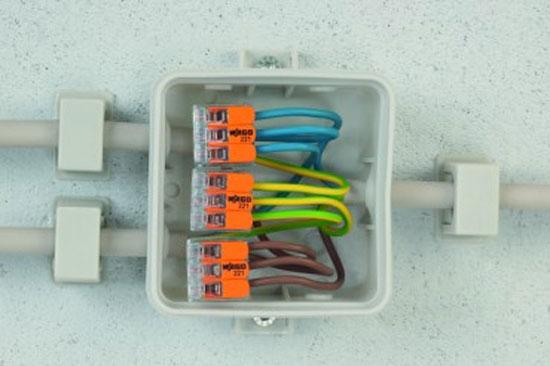 WAGO 221-412 2-way lever connector 32A inside juncion box