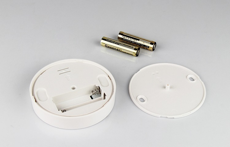 battery operated smart lighting dimmer 2 x AAA batteries